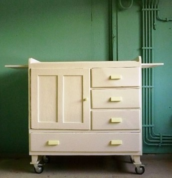 Robuuste vintage commode